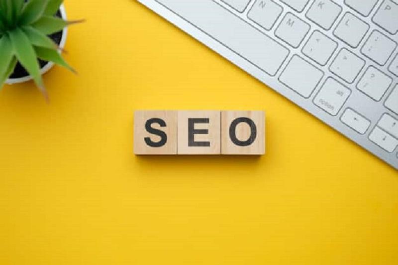 นักการตลาดออนไลน์ควรรู้ไว้ เขียนคอนเทนต์อย่างไรให้ติดหน้าแรก SEO